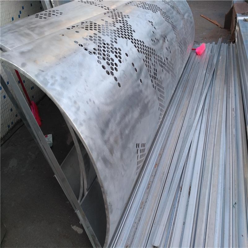 穿孔包柱铝单板